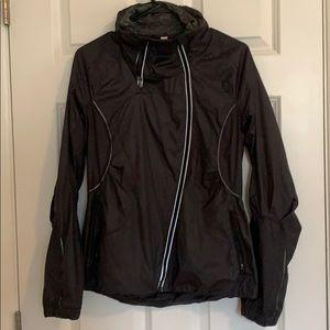 Lululemon run jacket w hood